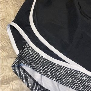 Nike Shorts - NWOT Nike 2 in 1 shorts